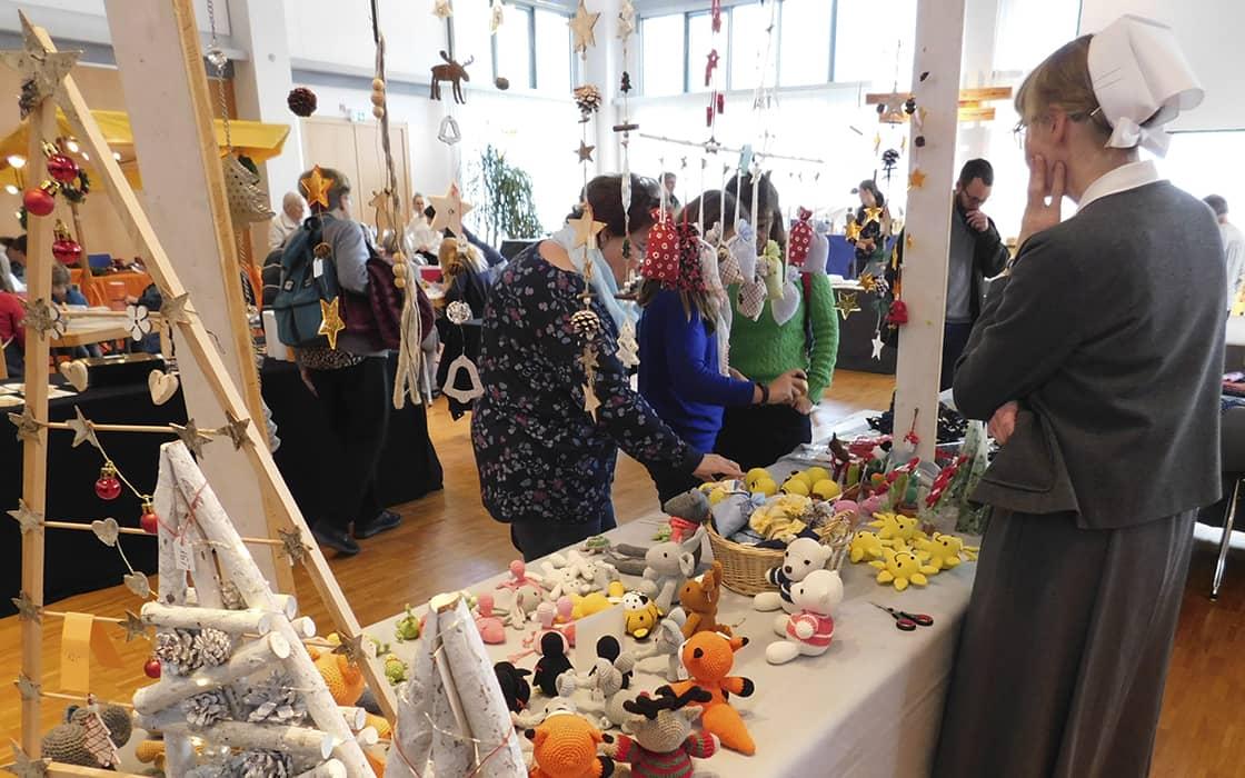 News: Adventsbasar lockt viele Besucher an