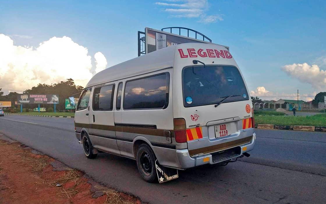 News: Minibus fahren in Sambia
