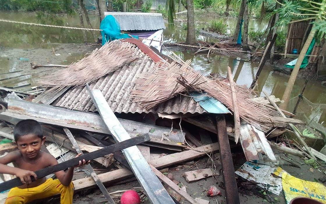 Bangladesch wird von zwei Katastrophen gleichzeitig getroffen