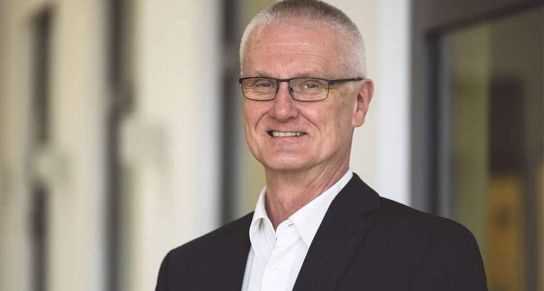 News: Nach 37 Jahren Liebenzeller Mission in den Ruhestand – Hansgerd Gengenbach als Verwaltungsdirektor verabschiedet
